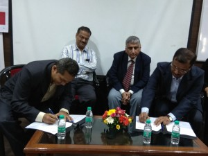 MoU signing between Jampot Photonics and MIT Pune.